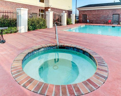 Relax in the hot tub | Comfort Suites Waxahachie - Dallas