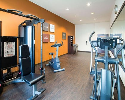 Exercise room | Comfort Suites Waxahachie - Dallas