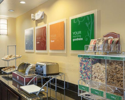 Assorted breakfast items | Comfort Suites Medical Center near Six Flags