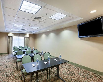 Boardroom | Comfort Suites Medical Center near Six Flags