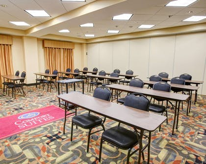 Meeting room with classroom-style setup | Comfort Suites Buda - Austin South