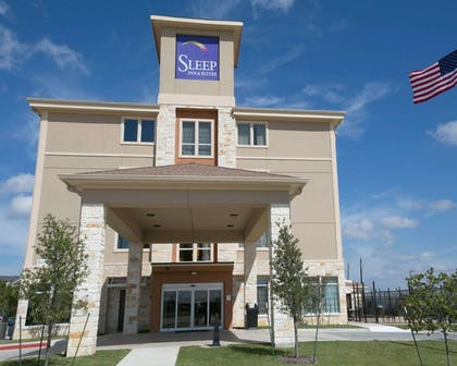 Hotel exterior | Sleep Inn & Suites Austin Northeast