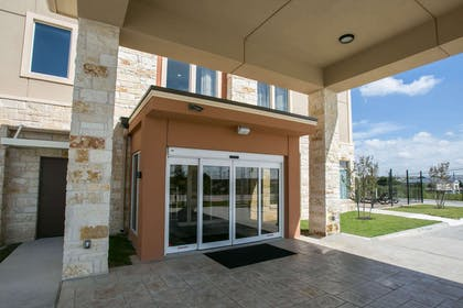 Hotel entrance | Sleep Inn & Suites Austin Northeast