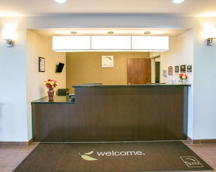 Front desk with friendly staff | Sleep Inn & Suites Austin North I-35