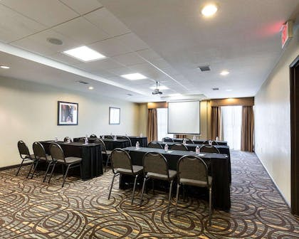 Meeting room with theater-style setup | Comfort Suites near Westchase on Beltway 8