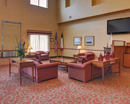 Spacious lobby with sitting area | Comfort Suites near Cedar Creek Lake