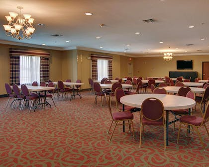 Meeting room with theater-style setup | Comfort Suites near Cedar Creek Lake