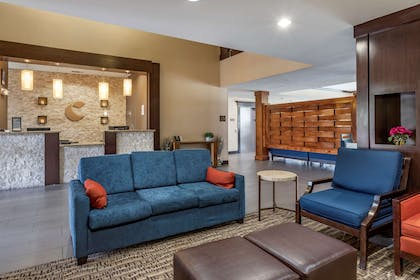 Lobby with sitting area | Comfort Inn & Suites FM1960-Champions