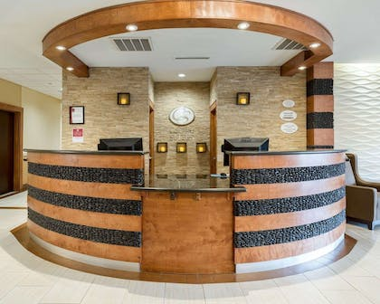 Front desk with friendly staff | Comfort Suites at Katy Mills