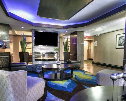 Spacious lobby with sitting area | Comfort Inn & Suites I-10 Airport