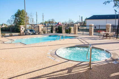 Outdoor pool with hot tub   Sleep Inn And Suites Center