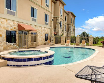 Comfort Inn and Suites hotel in Alvarado, TX | Comfort Inn And Suites Alvarado