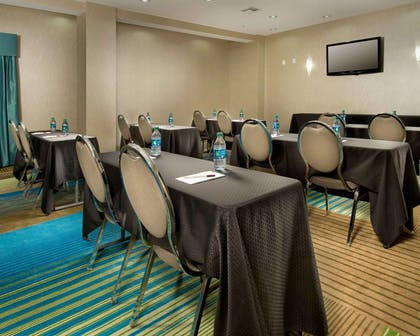 Meeting room with classroom-style setup | Comfort Suites Waco North