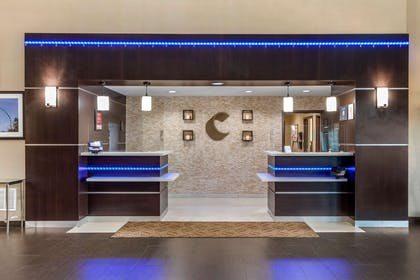 Front desk with friendly staff | Comfort Suites Waco North