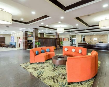 Hotel marketplace | Comfort Suites Cotulla near I-35