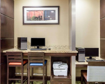 Business center with high-speed Internet access | Comfort Suites Cotulla near I-35