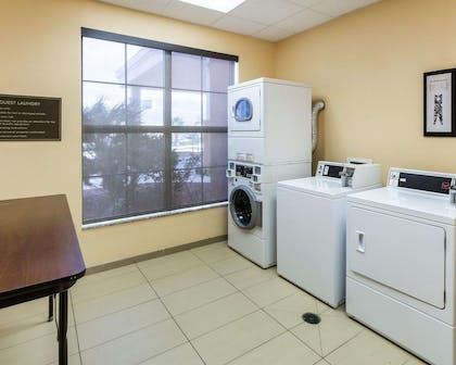 Guest laundry facilities | Comfort Suites Cotulla near I-35