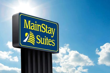 Exterior view | Mainstay Suites