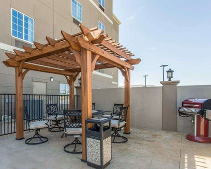Barbecue area | Mainstay Suites