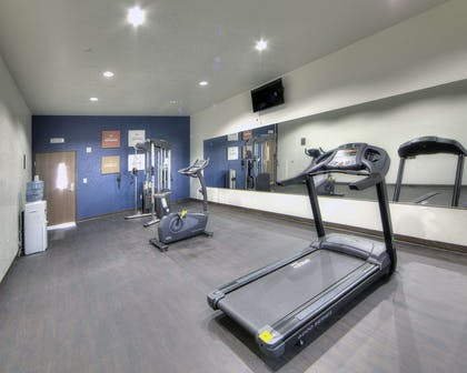 Fitness center | Comfort Inn & Suites Fort Worth West