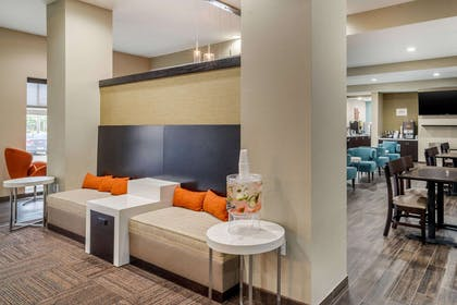 Spacious lobby | Sleep Inn & Suites near Westchase