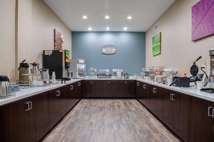 Breakfast counter | Sleep Inn & Suites near Westchase