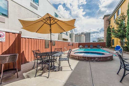 Relax by the pool | Comfort Inn Dallas Park Central
