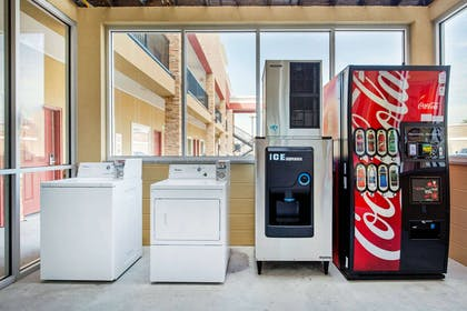 Hotel vending and laundry area | Econo Lodge Inn & Suites Houston Willowbrook
