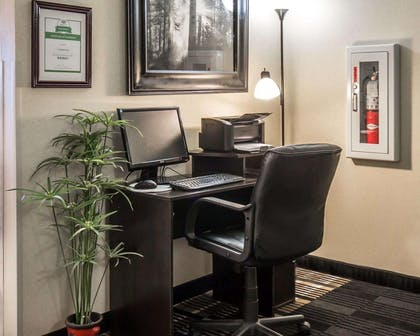 Business center with high-speed Internet access | Comfort Inn & Suites Beaver - Interstate 15 North