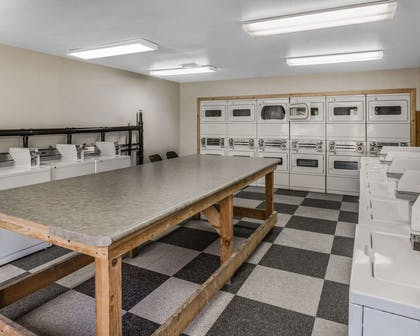 Guest laundry facilities | Quality Inn Springdale at Zion Park