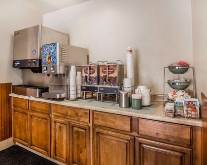 Breakfast counter | Quality Inn Springdale at Zion Park