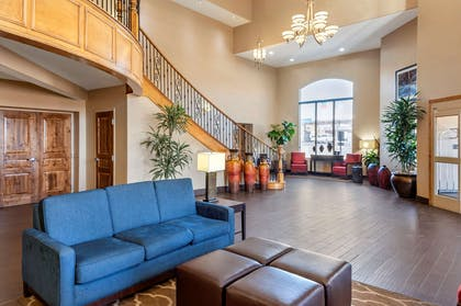 Hotel lobby | Comfort Inn at Convention Center