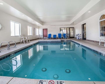 Indoor heated pool with hot tub | Comfort Inn Farr West
