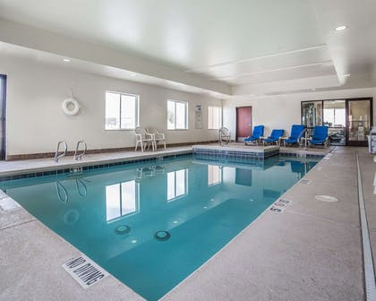 Indoor heated pool | Comfort Inn Farr West