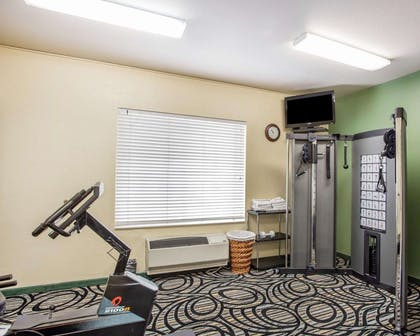 Exercise room | Quality Inn & Suites Airport West
