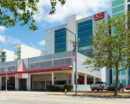 Econo Lodge Oceanfront hotel in Virginia Beach, VA | Econo Lodge Oceanfront