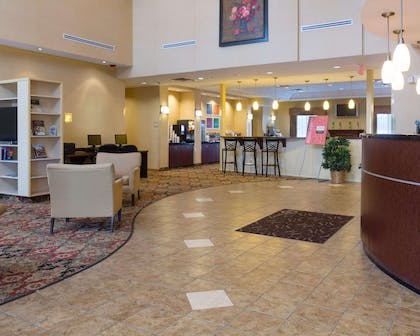 Spacious lobby | Comfort Suites Fredericksburg North