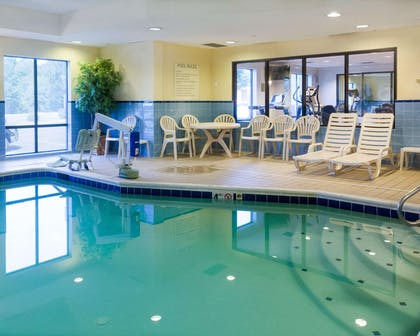 Indoor heated pool | Comfort Suites Fredericksburg North