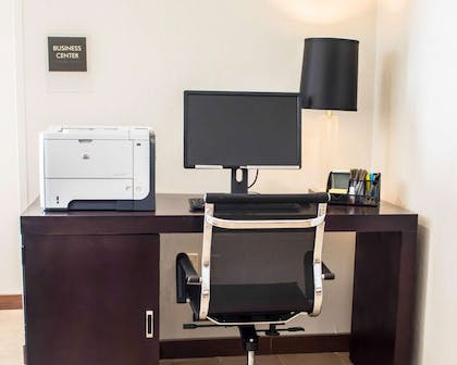 Business center with free wireless Internet access | Sleep Inn & Suites Monticello