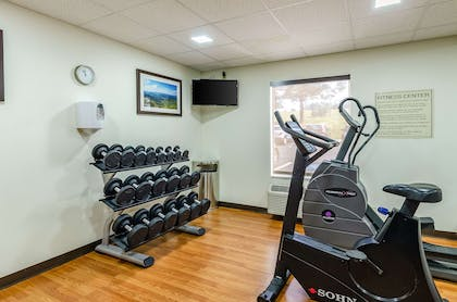 Fitness center | Comfort Inn & Suites Christiansburg I-81