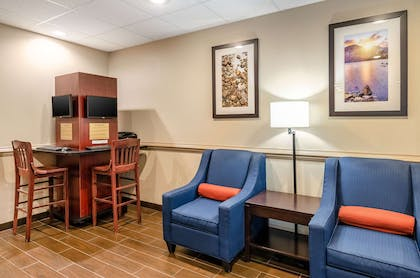 Business center | Comfort Inn & Suites Christiansburg I-81