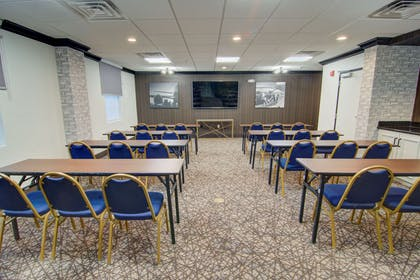 Large space for receptions, parties, anniversaries, and business   Comfort Suites Airport