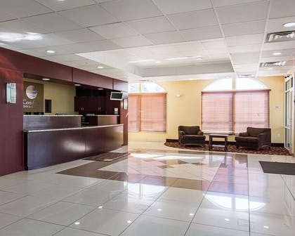 Spacious lobby | Comfort Inn & Suites Chesapeake - Portsmouth