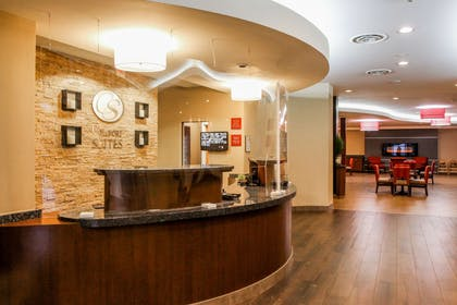 Front desk   Comfort Suites At Virginia Center Commons