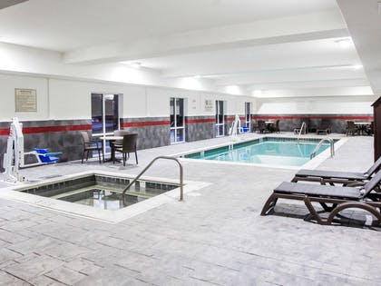 Indoor heated pool   Comfort Suites At Virginia Center Commons
