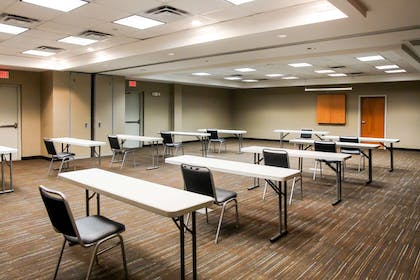 Meeting room   Comfort Suites At Virginia Center Commons