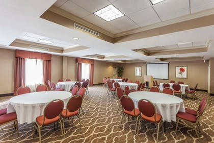 Banquet room | Comfort Suites Suffolk - Chesapeake
