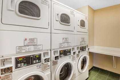 Guest laundry facilities | Comfort Suites Suffolk - Chesapeake