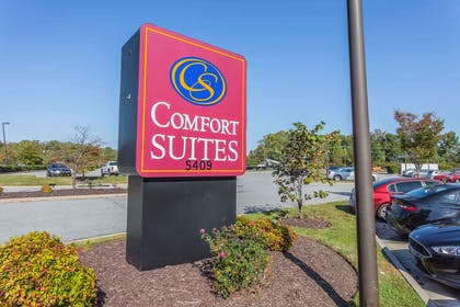 Hotel exterior | Comfort Suites Suffolk - Chesapeake