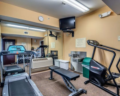 Fitness center with television | Comfort Inn Hillsville I-77